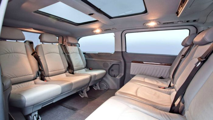 7 Seater Mercedes Viano Interior